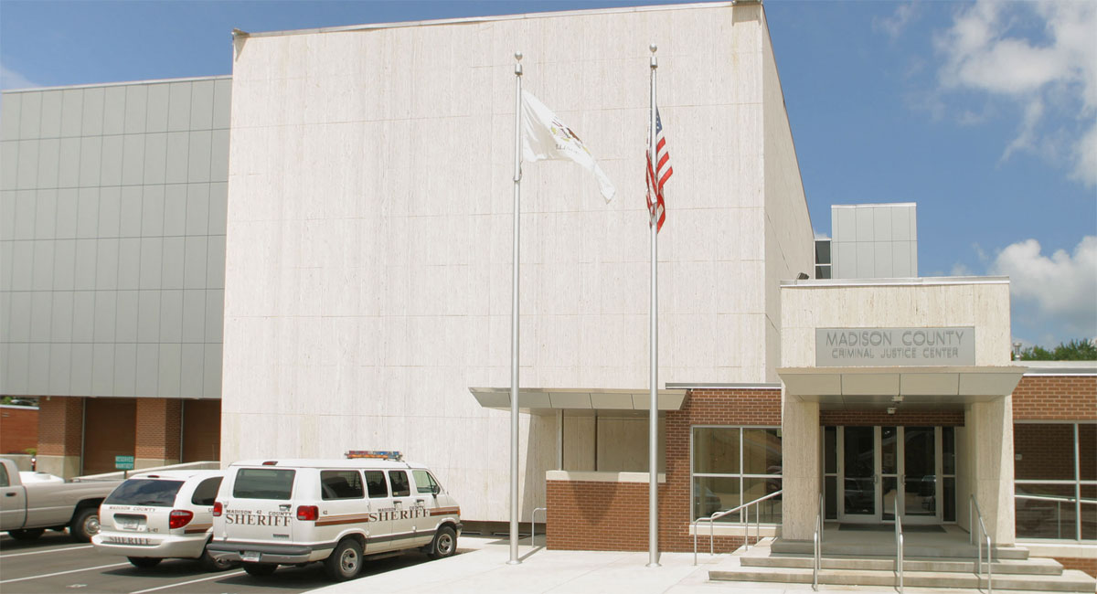 Alucobond ACM, Madison County Criminal Justice Center, Illinois