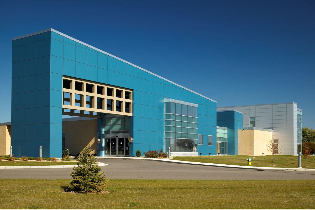 Alucobond, Family Eye and ENT Center, Willmar, Minnesota