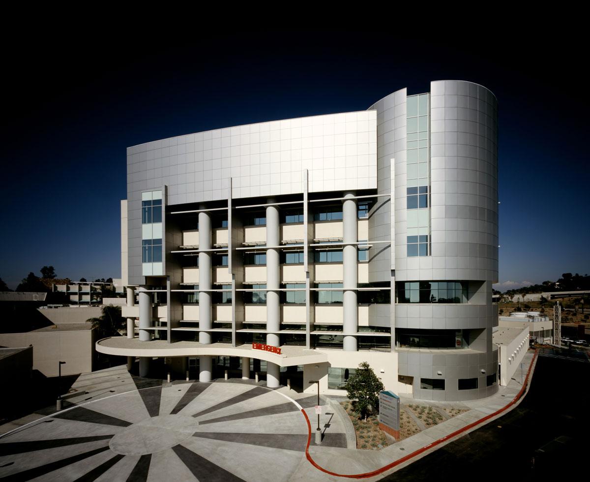 Alucobond_Sharp-Grossmont_Hospital_Center_Glass_Co_La_Mesa_California_5.jpg