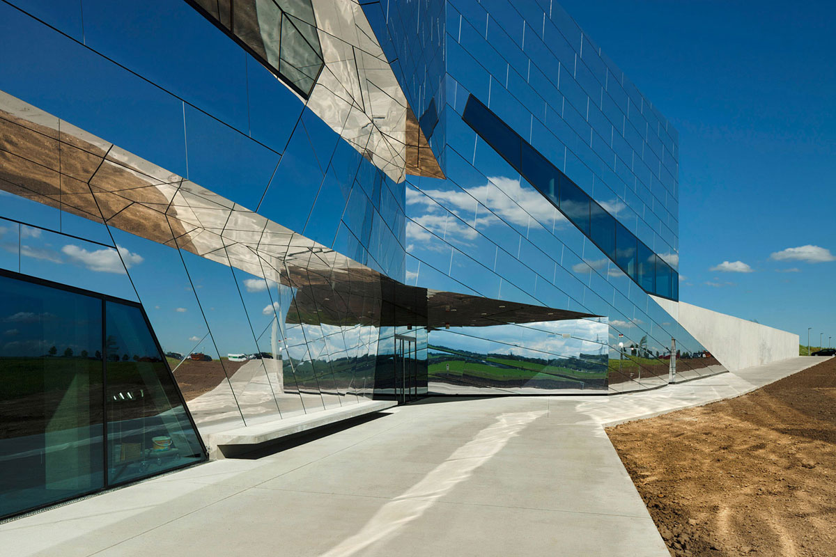 PALAON, Photo by Jan Bitter, Holzer Kobler Architekturen, Alucobond NaturAL Reflect