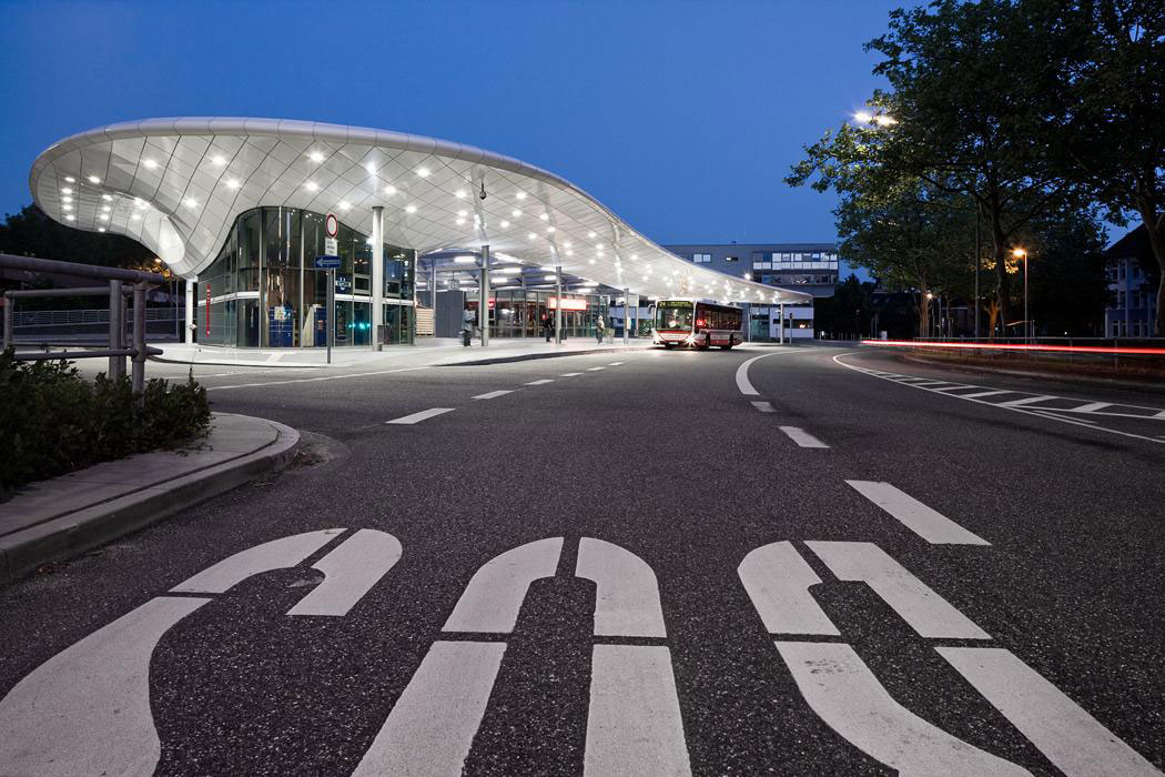Bus Station, Hamburg, Poppenbuttel, Germany, Alucobond, Photographer Archimages.de