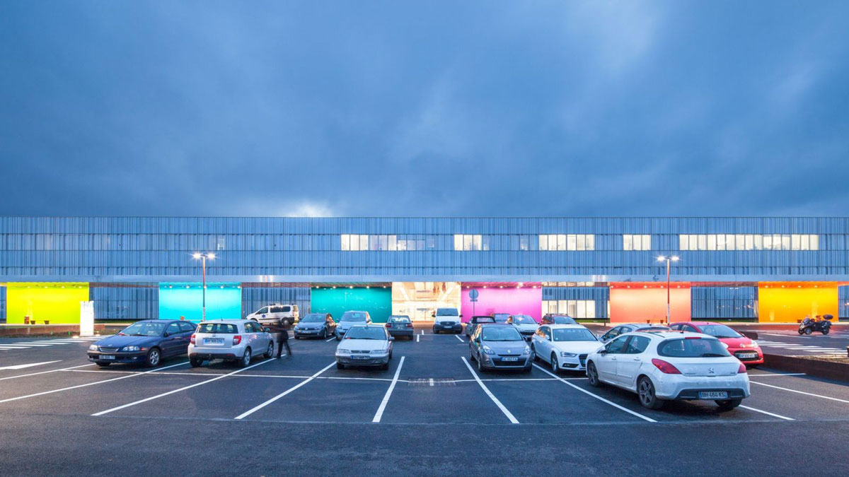 Marne la Vallee Hospital, Jossigny, France, Brunet Saunier Architecture, Alucobond Spectra, Healthcare Design