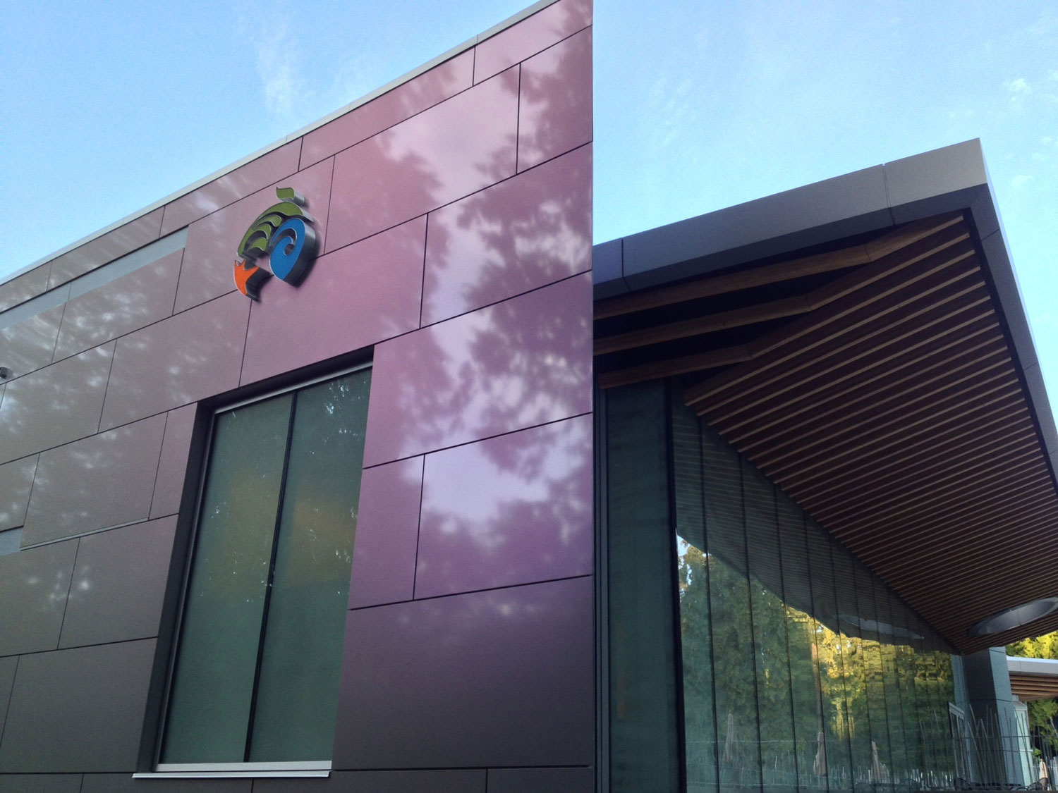 The Vancouver Aquarium Expansion, British Columbia, Musson Cattell Mackey Partnership, Keith Panel Systems, Alucobond ACM, Photography Keith Panel Systems