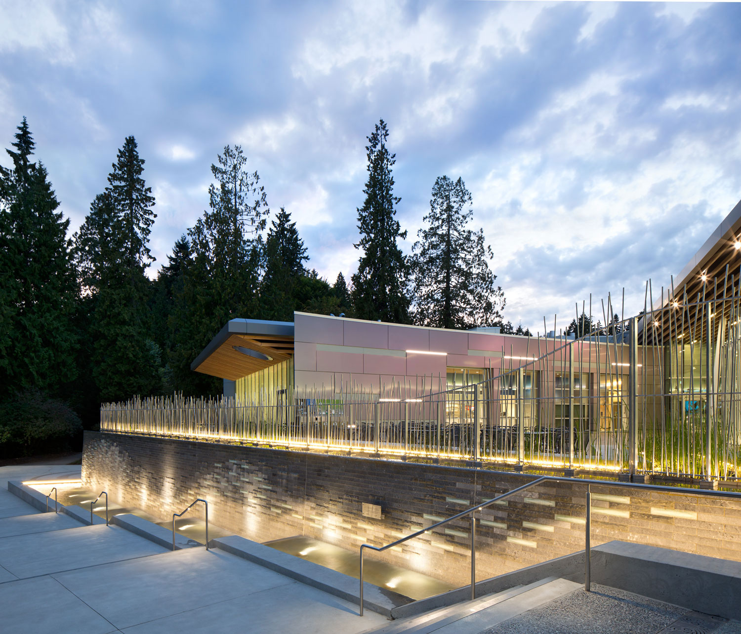 The Vancouver Aquarium Expansion, British Columbia, Musson Cattell Mackey Partnership, Keith Panel Systems, Alucobond ACM, Photography by Ema Peter