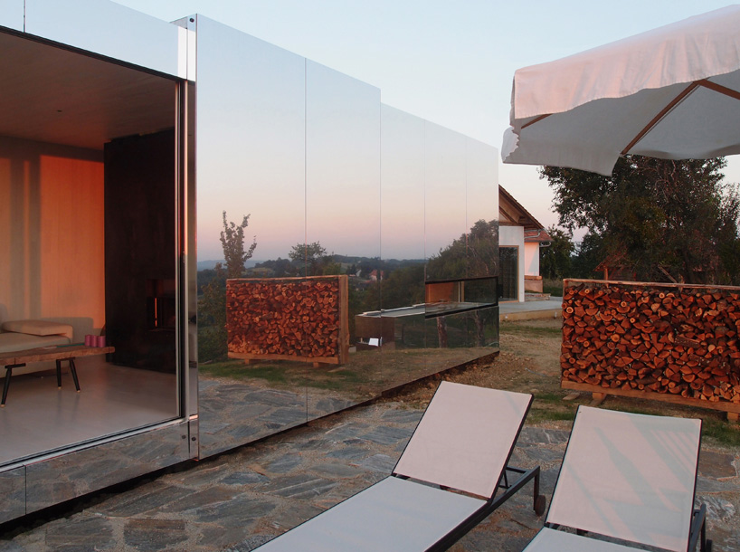 Casa Invisible, Delugan Meissl Associated Architects (DMAA), mobile housing, reflective aluminum, Photography by Christian Brandstatter