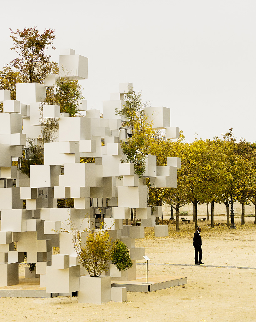 Many Small Cubes Anodized Aluminum Art Installation by Japanese ...