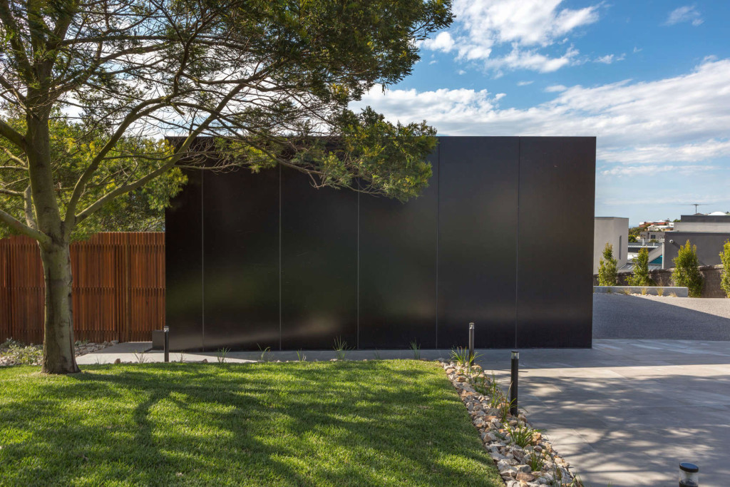 Shearwater, Vibe Design Group, Melbourne, Australia, Icon Synergy, Alucobond, Photography William Long