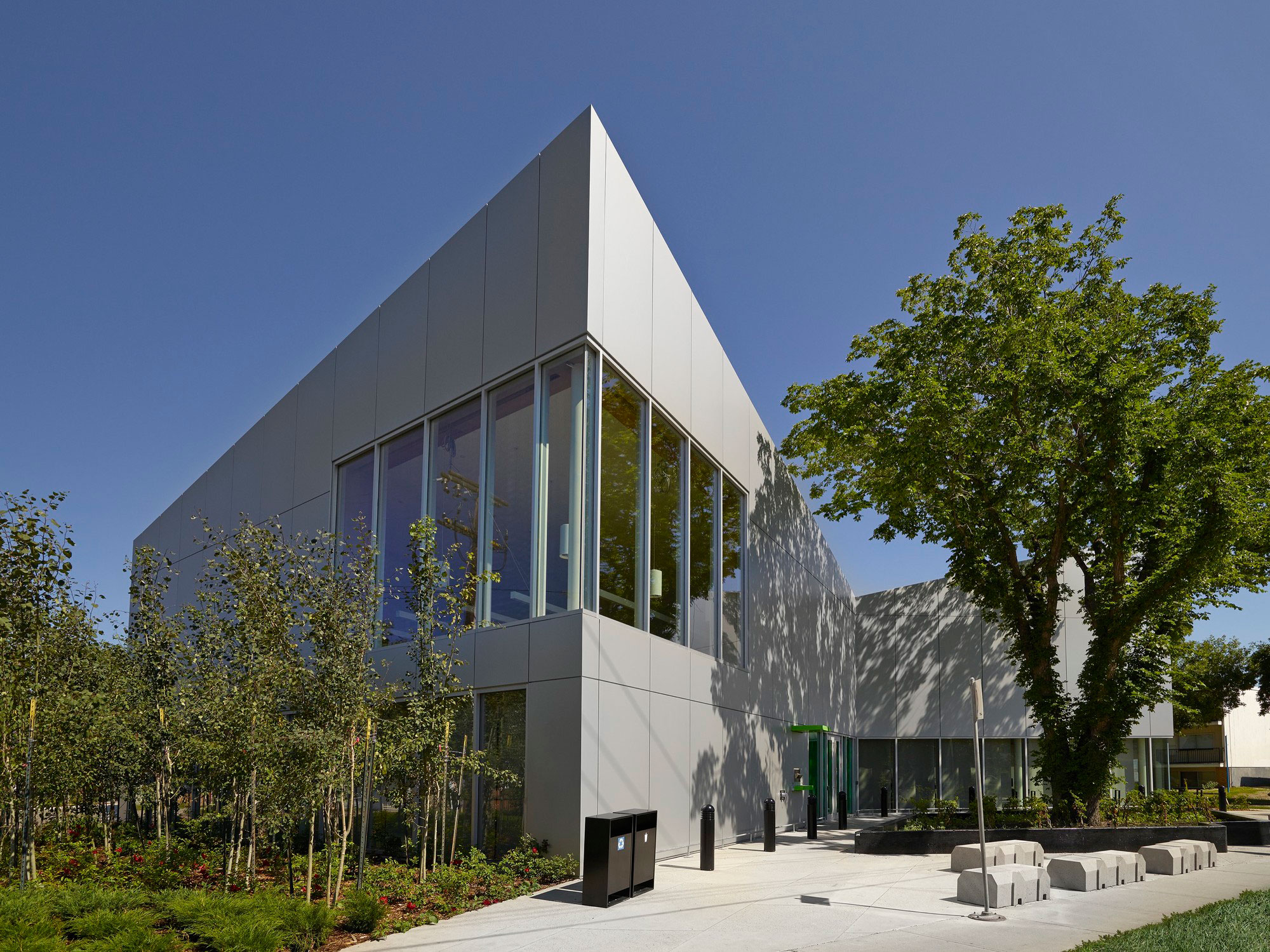 Highlands Branch Library, Schmidt Hammer Lassen, Marshall Tittemore Architects, Thermal Systems, Alucobond Aluminum Composite, Merle Prosofsky Photography
