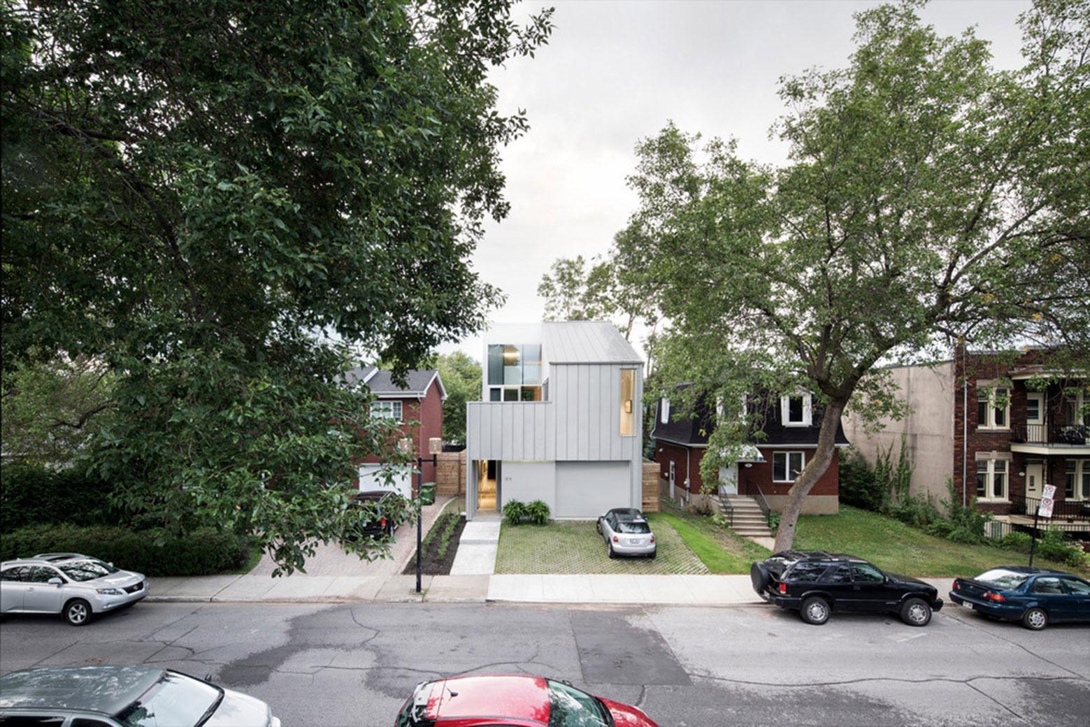 Holy Cross House, Canada, Thomas Balaban Architect, TBA, Aluminum Clad Residence, Photography Adrien Williams