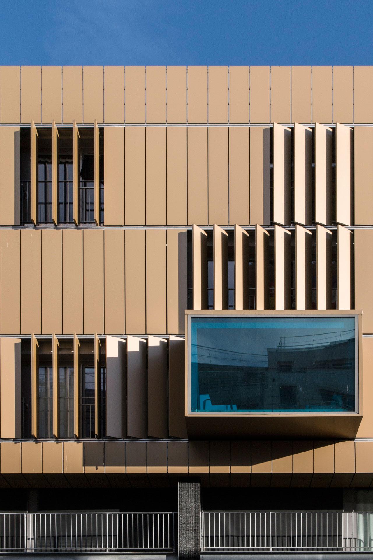 Responsive Facades, Alucobond, Rue de Bercy, Audren et Schlumberger, Photography Manuel Panaget