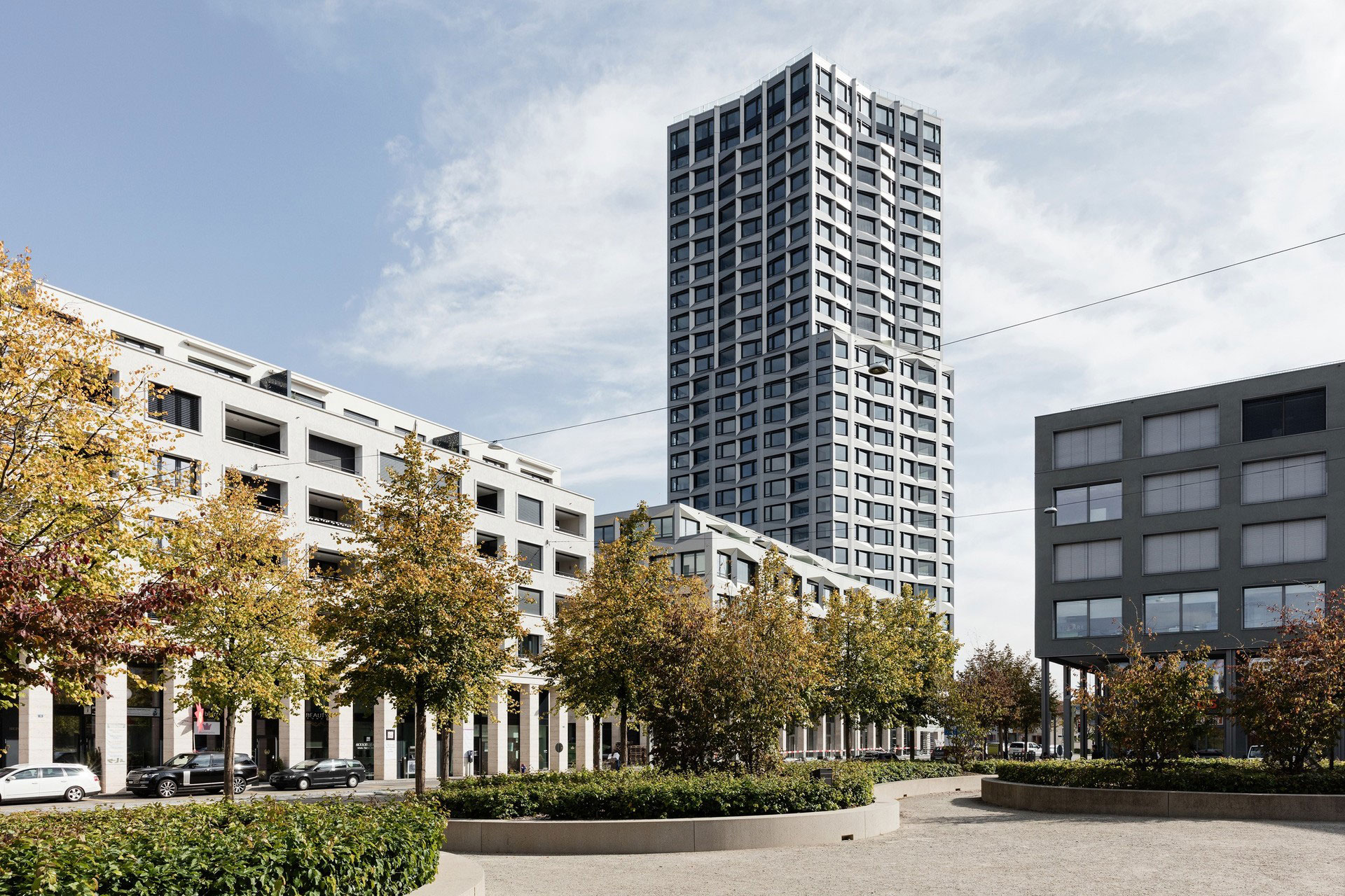 Limmat Tower, Limmattal, Lukas Huggenberger, huggenbergerfries, Zurich, Alucobond Plus, Anodized Look, Photography Beat Buhler