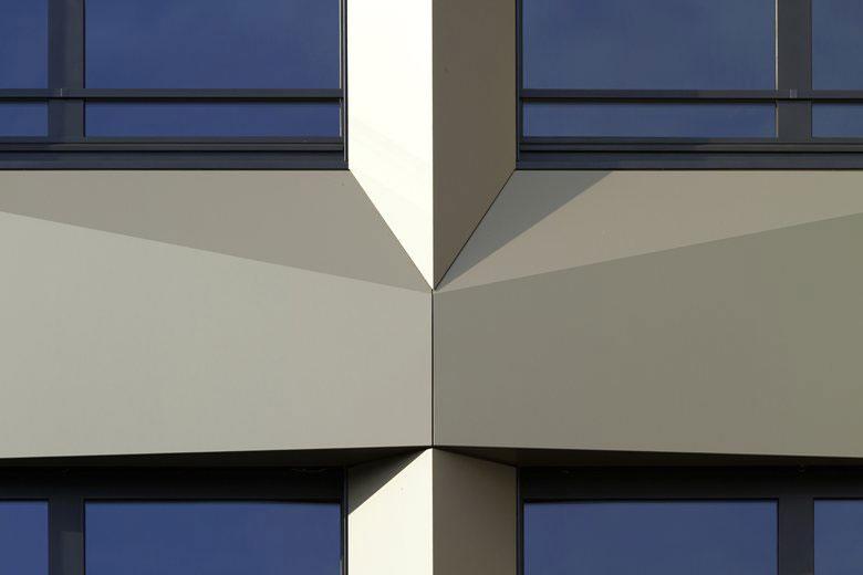 Limmat Tower, Limmattal, Lukas Huggenberger, huggenbergerfries, Zurich, Alucobond Plus, Anodized Look, Photography Florian Licht