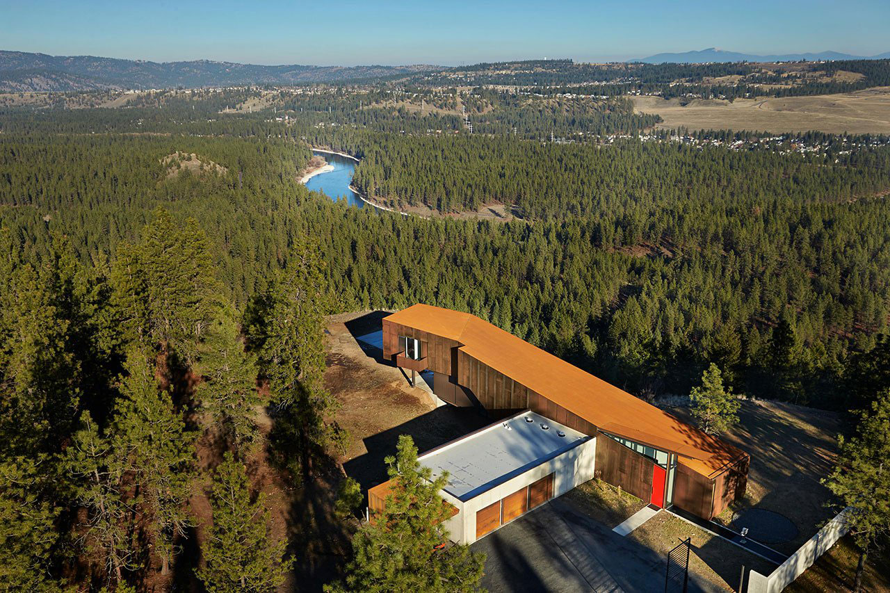 Rimrock Residence, Spokane, Washington, Olson Kundig Architects, Weathered Steel Facade, Photography Benjamin Benschneider