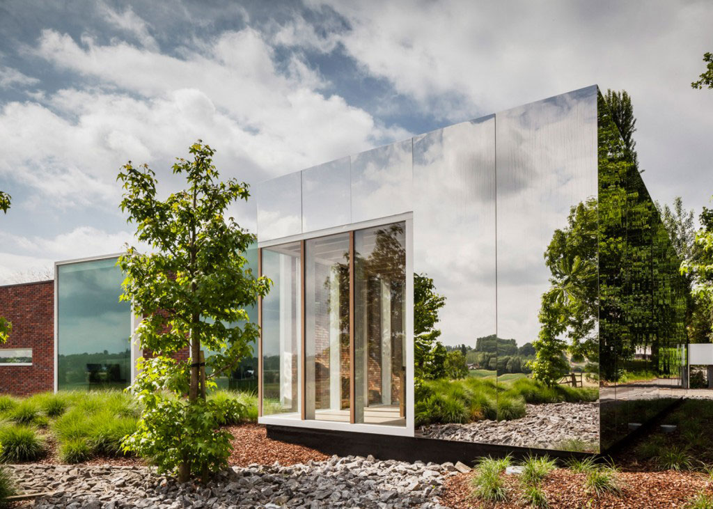 Atelier Vens Vanbelle, Mirror Office, Dezeen, Belgium, Photography Tim Van de Velde