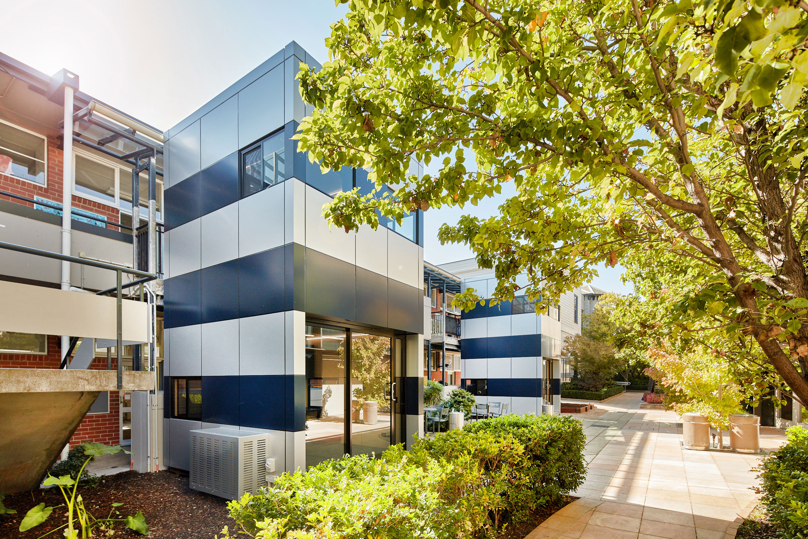 Harwyn, Two Story Towers, Australia, Modular Pods, Alucobond, Aluminum Composite, Photography Chris Daile