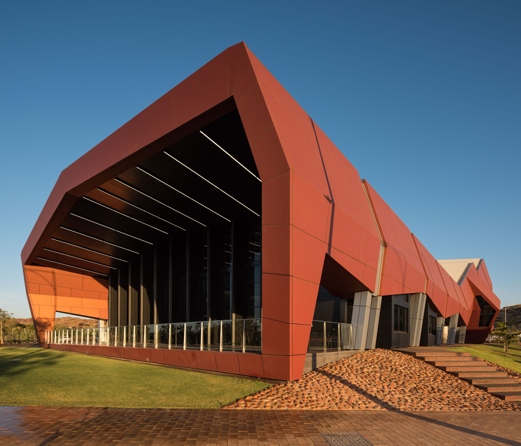 Karratha Arts Community Center Precinct, Australia, Alucobond PLUS, Terra Series, Peter Hunt Architects, DenMac